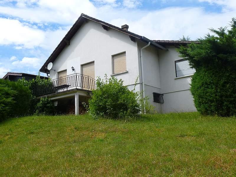 Kleines, nettes Wohn-/Ferienhaus in ruhiger und sonniger Randlage am Wald