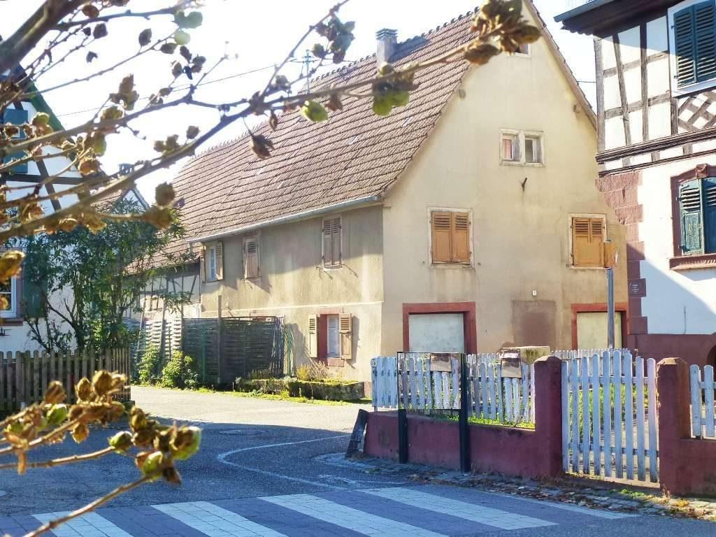 Älteres Dorfhaus zum Renovieren