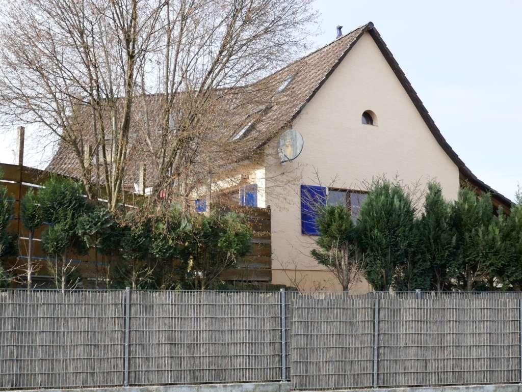 Gepflegtes 1-Familien-Haus mit Pool und Sauna in ruhiger Wohnlage